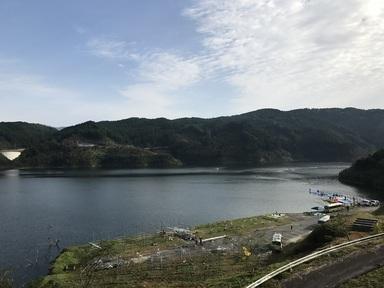 富士しゃくなげ湖.JPG