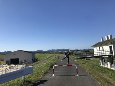 チョープロ艇庫とオハと川.JPG
